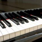 アップライトピアノと電子ピアノはどう違うの?